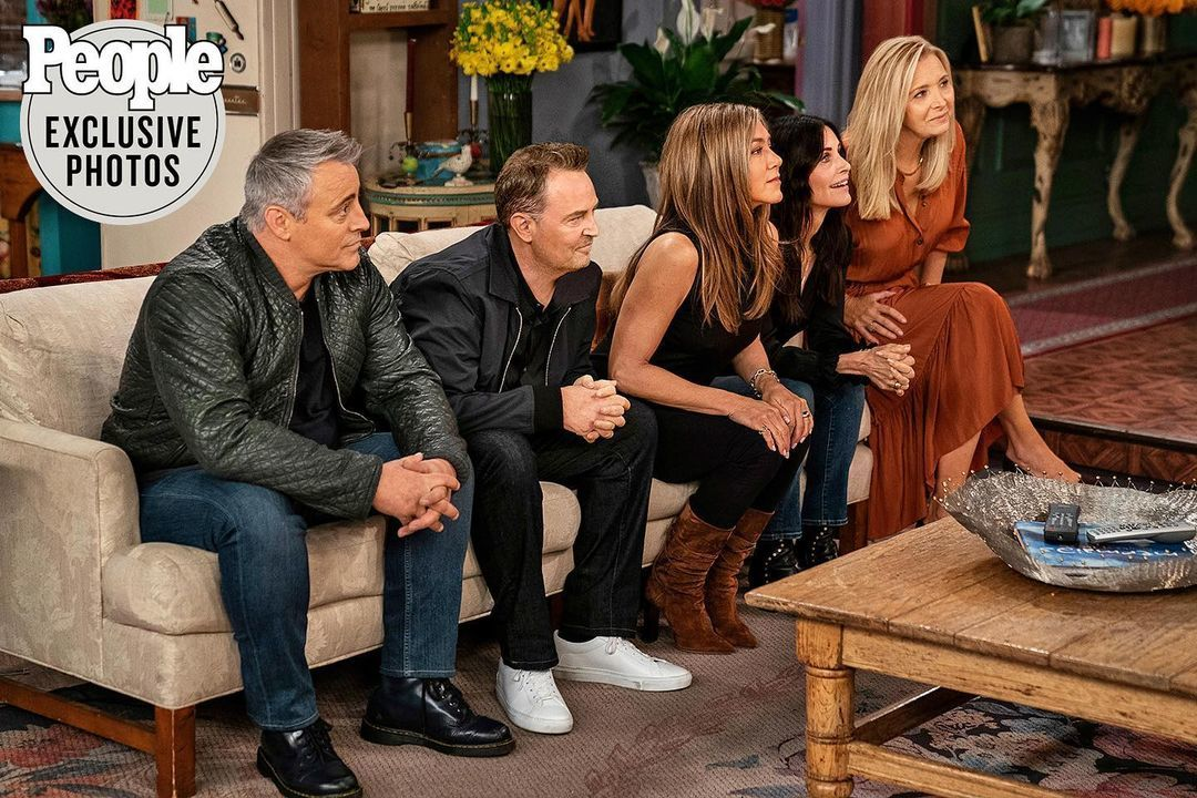 Los seis protagonistas de 'Friends', en el reportaje de 'People'.