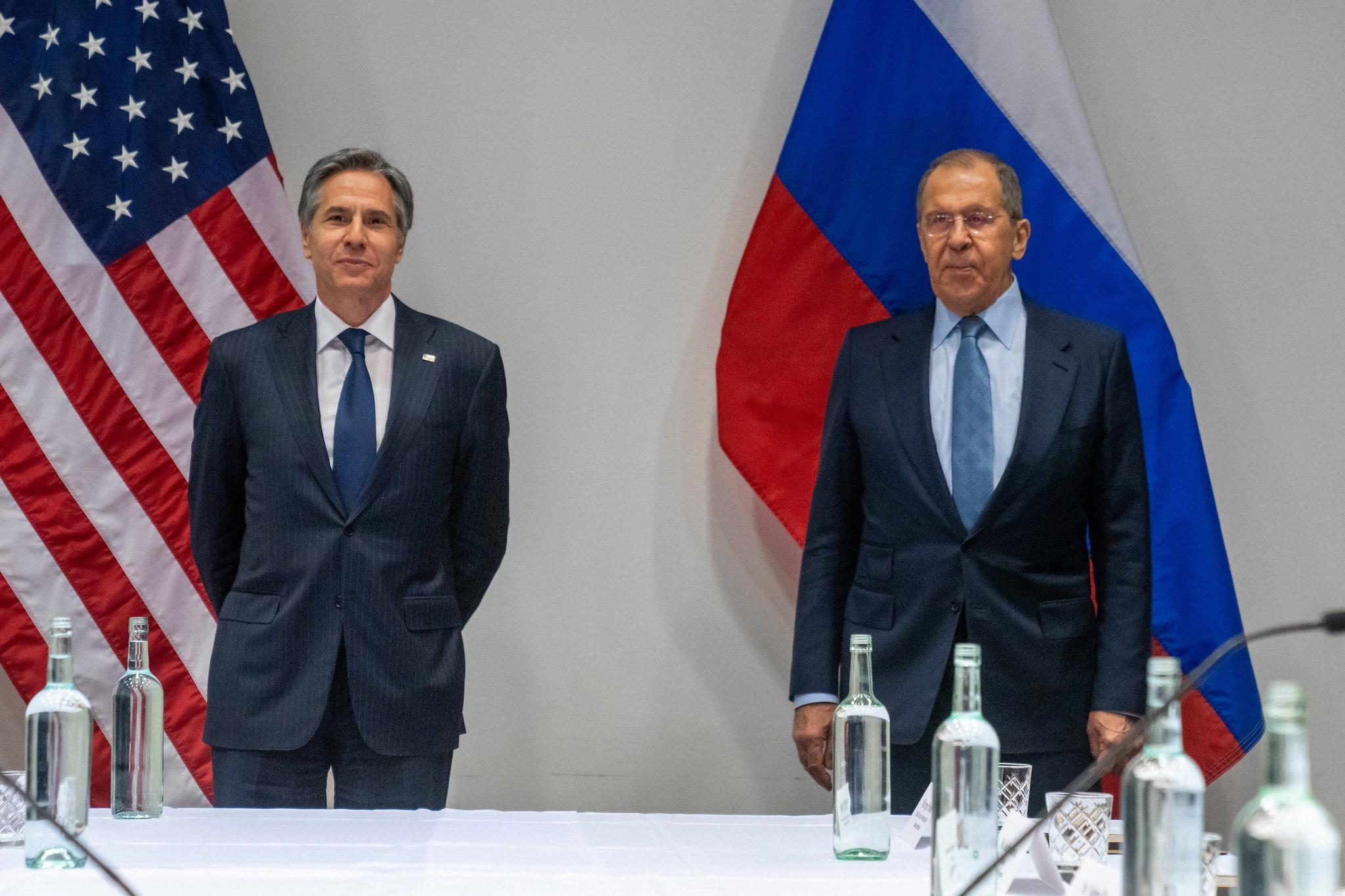 El secretario de Estado de EEUU, Antony Blinken, con el ministro de Exteriores ruso, Sergei Lavrov.