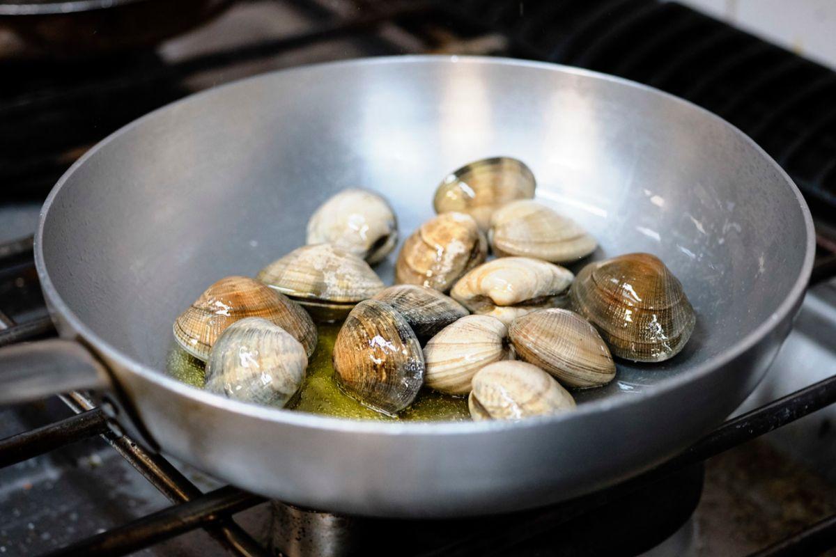 El producto marino es uno de los pilares de la cocina de esta osteria.