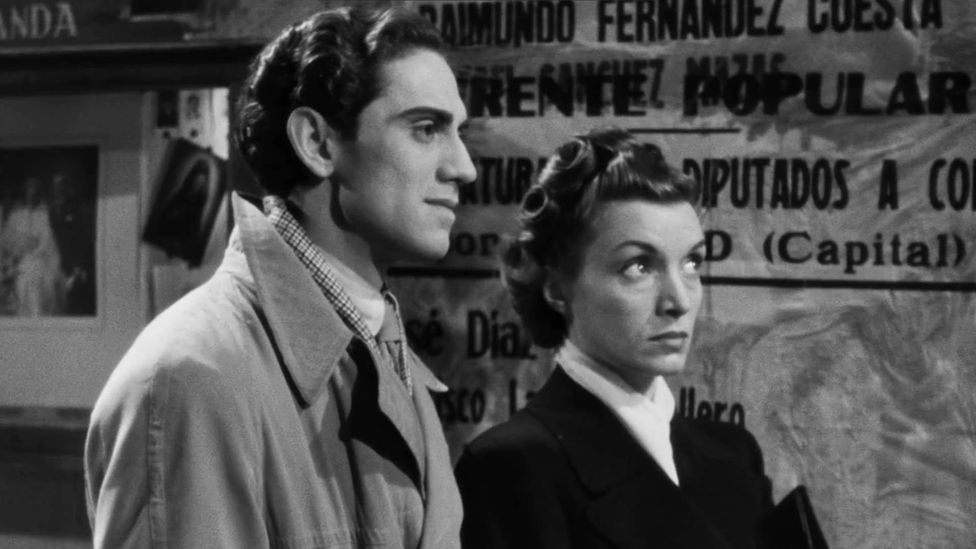 Ismael Merlo y Conchita Montenegro en 'Rojo y negro'.
