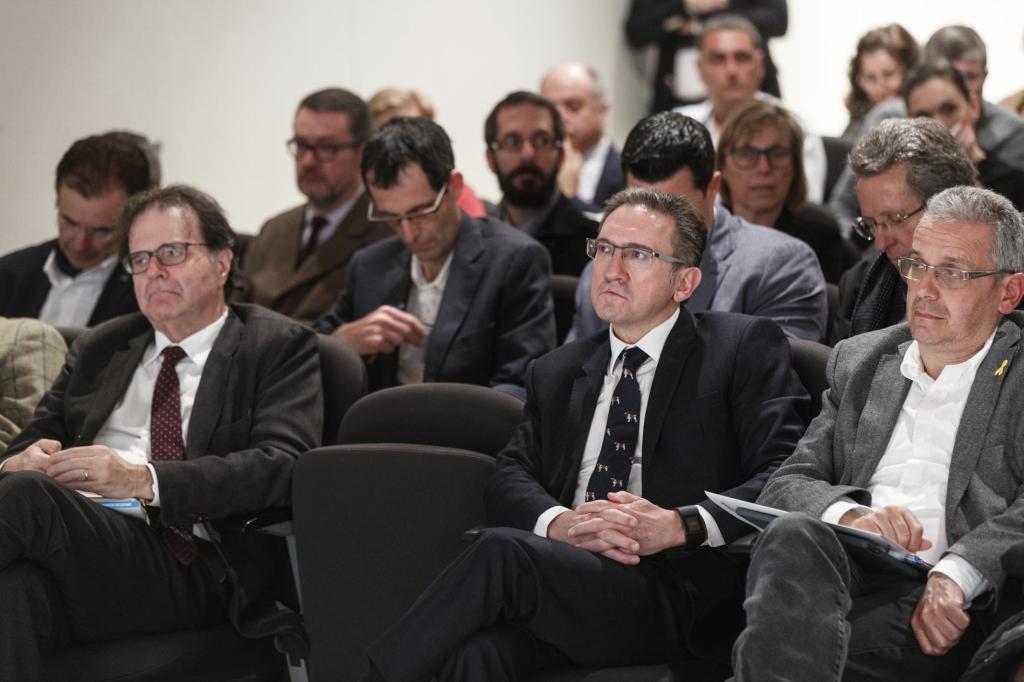 Jaume Giró, en el centro, en las Jornadas de Economía de Cap Roig en 2019.