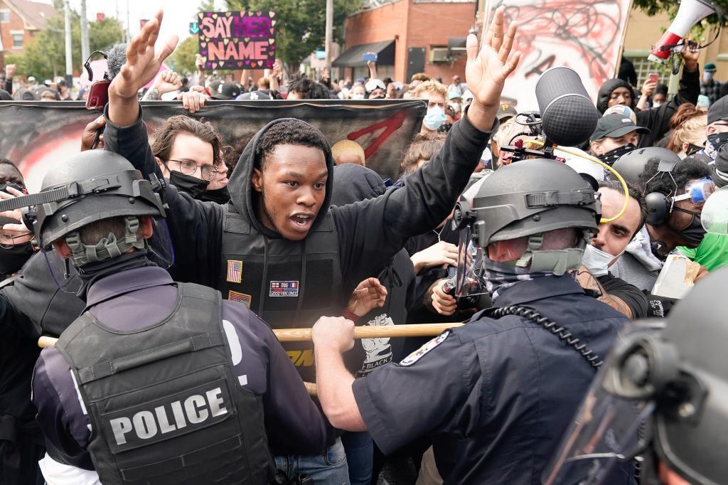 Protestas contra la Policía en Louisville, Kentucky.