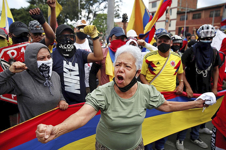 """Colombianos reivindican su protesta y llenan de """"resistencia"""" las calles."""