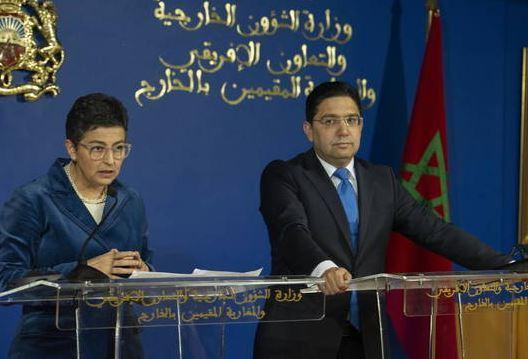 Arancha González-Laya y Naser Burita, en un encuentro en Rabat.