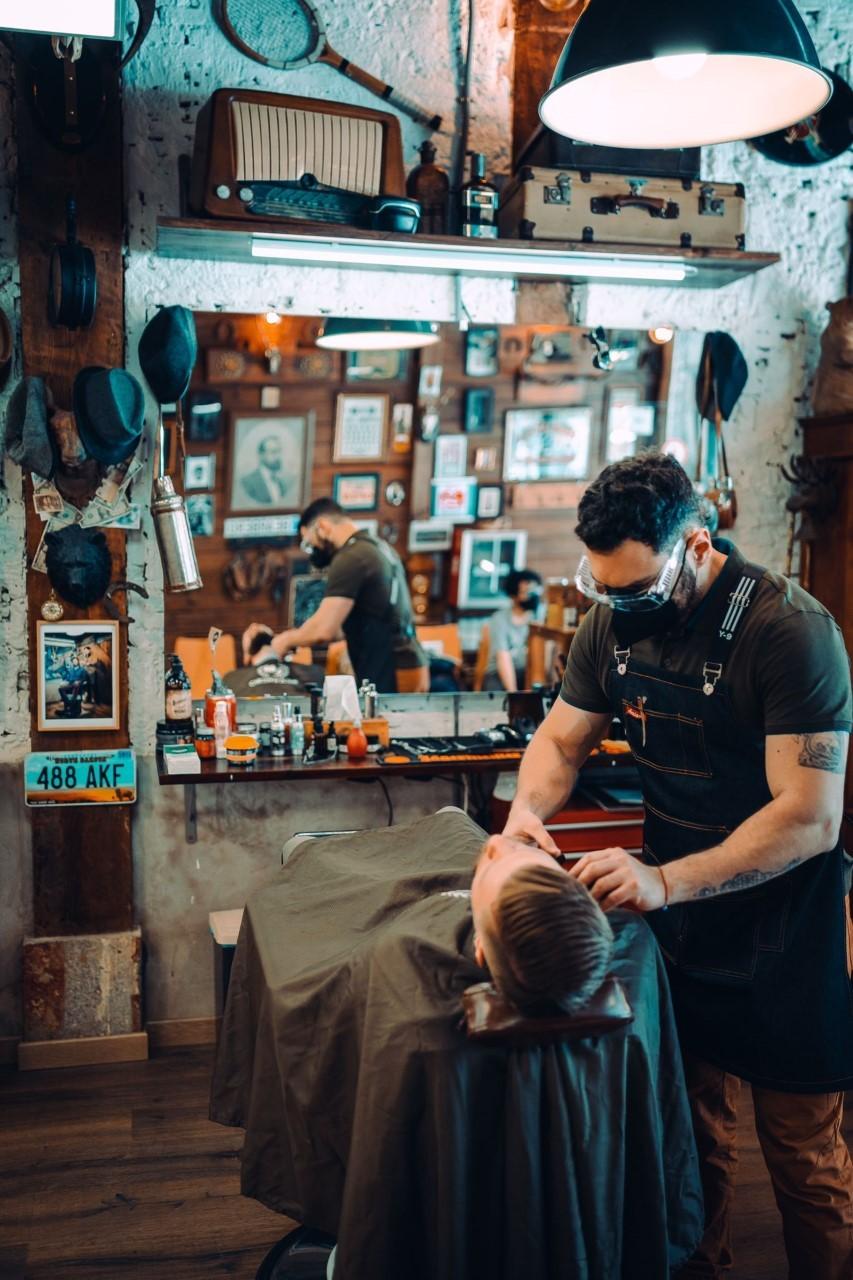 Bearbero, un centro estético especializado en arreglar barbas.
