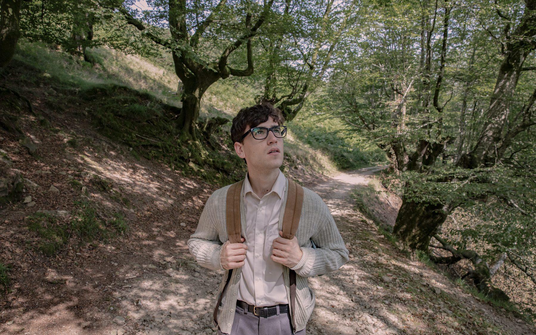 El actor Álex Monner en 'La línea invisible', rodada en el País Vasco.