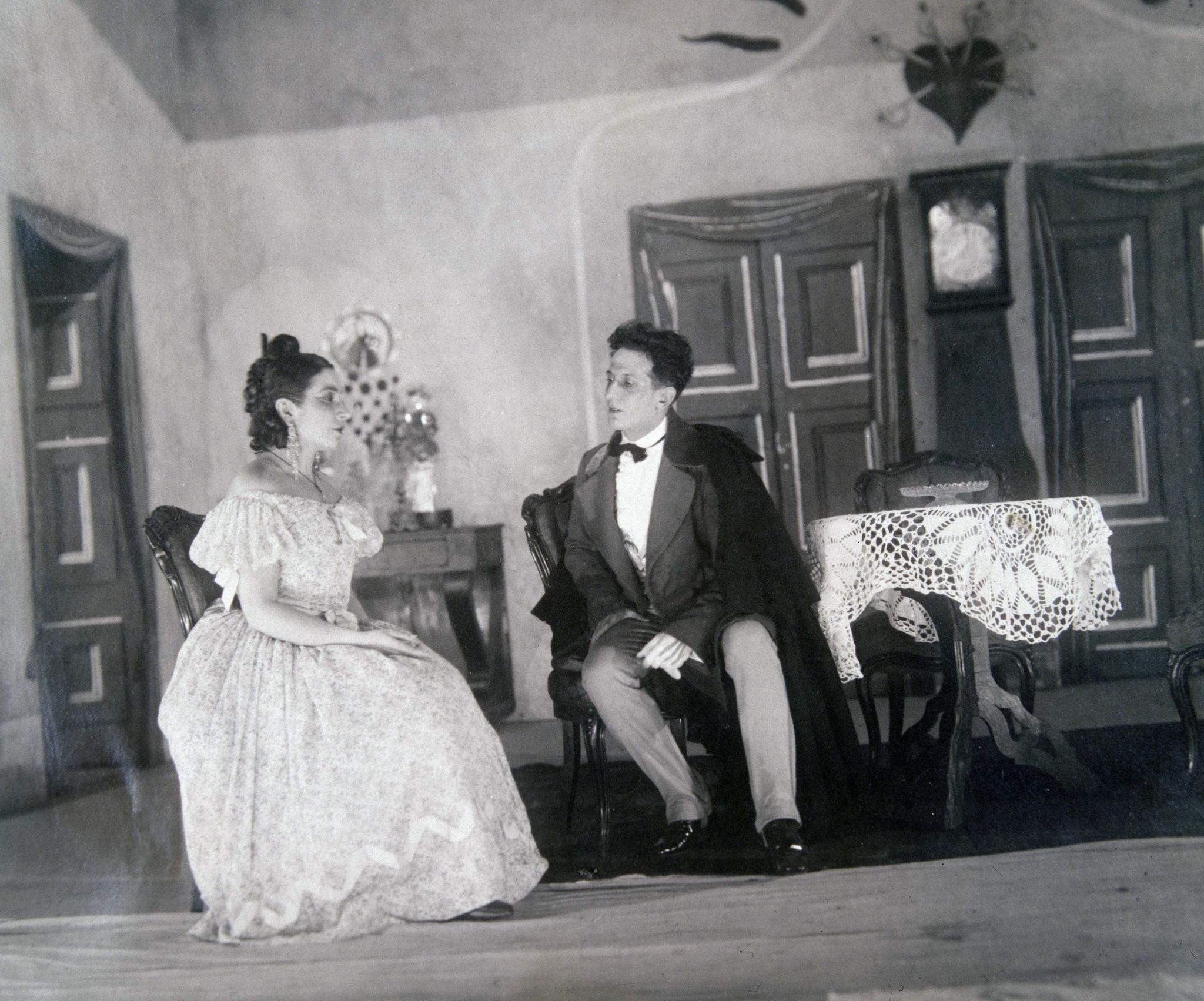 Margarita Xirgu representa a Mariana Pineda en un teatro madrileño, en 1927.