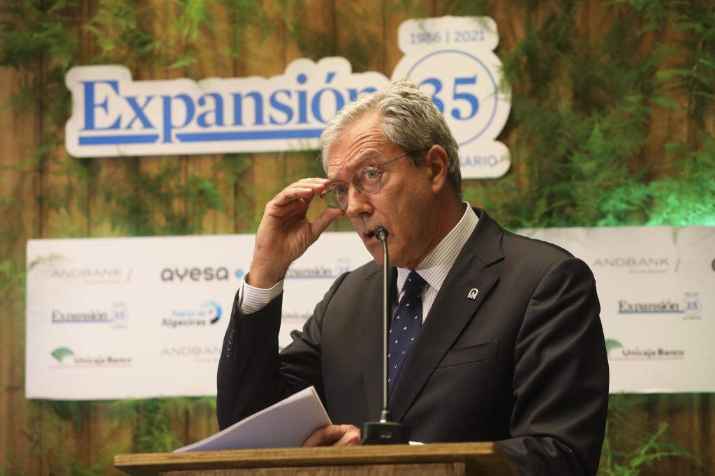 El consejero de Transformación Económica, Rogelio Velasco, durante su participación en el foro organizado por Expansión en Sevilla.