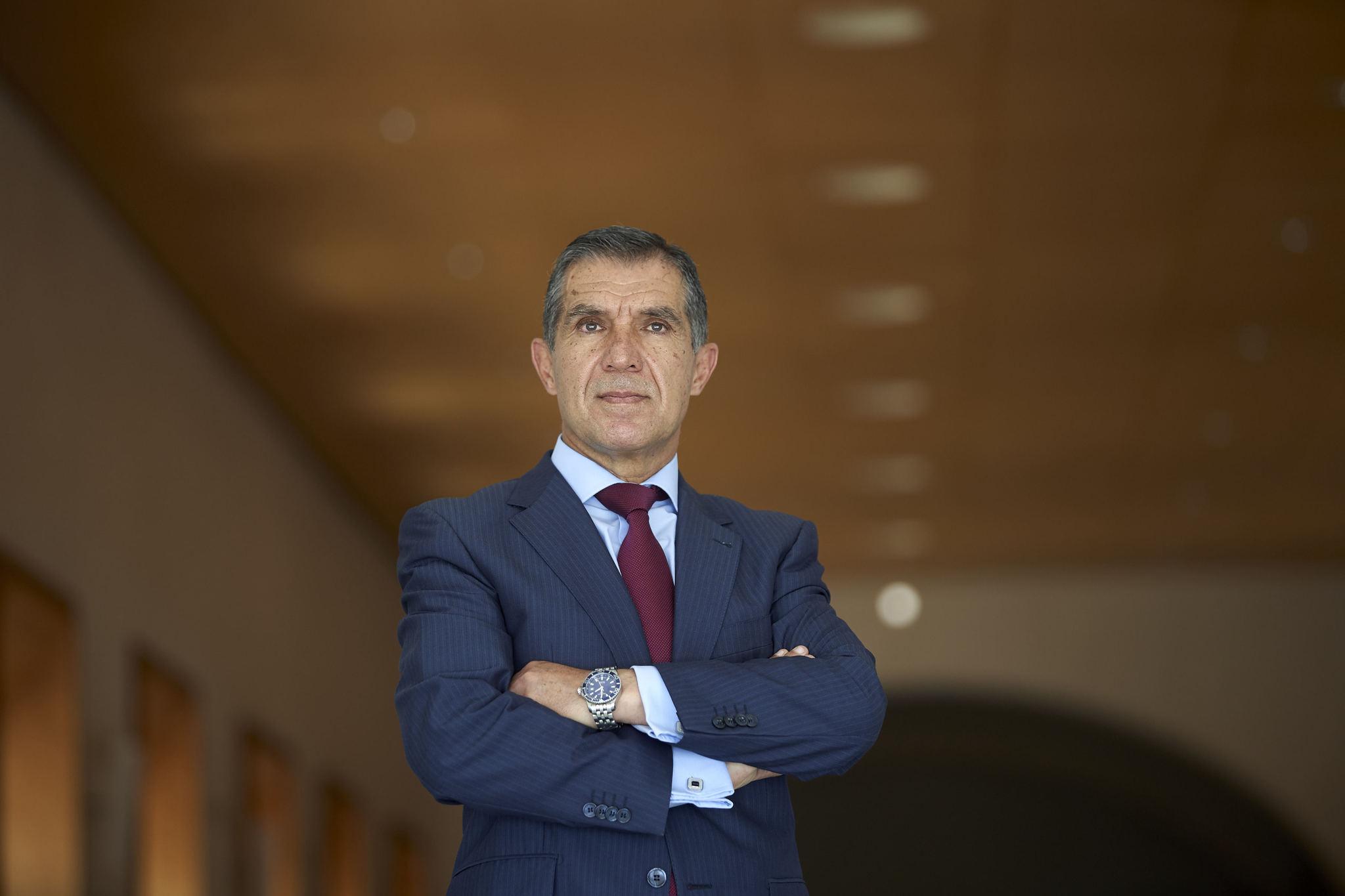 El presidente del TSJA, en el Parlamento andaluz.
