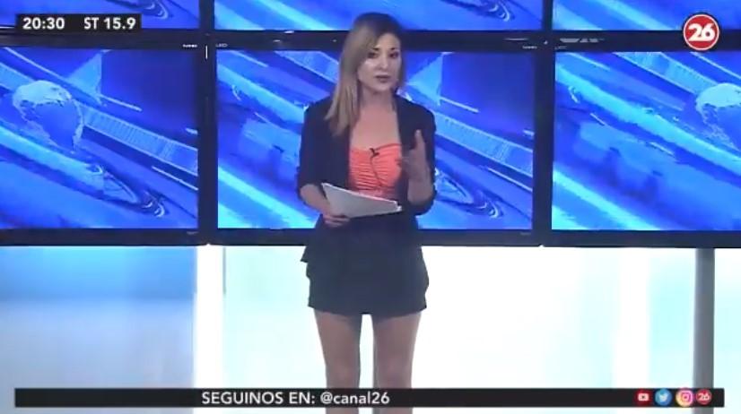 Noelia Novillo, dando explicaciones sobre su noticia.