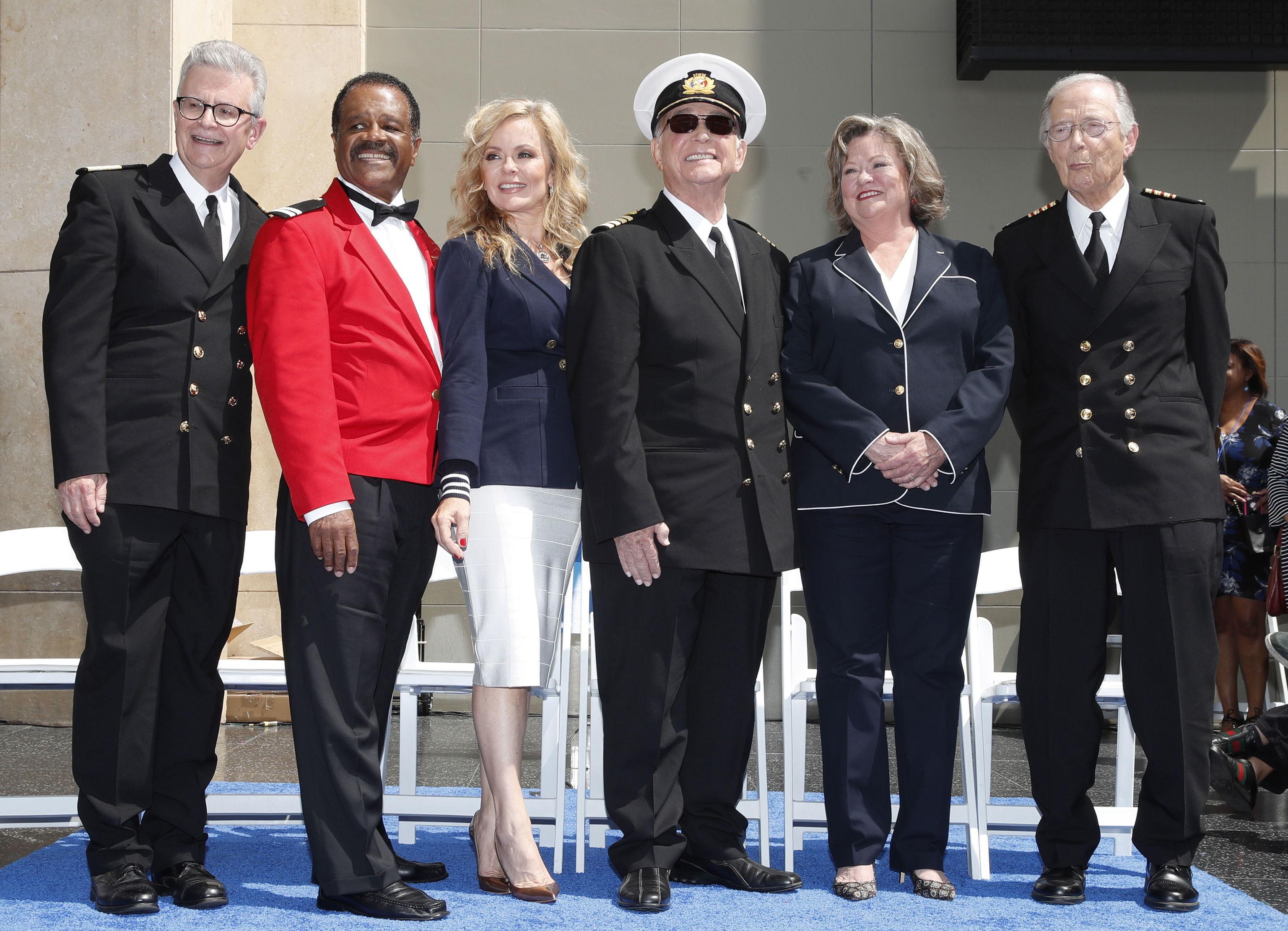 El elenco de Vacaciones en el mar en 2018.