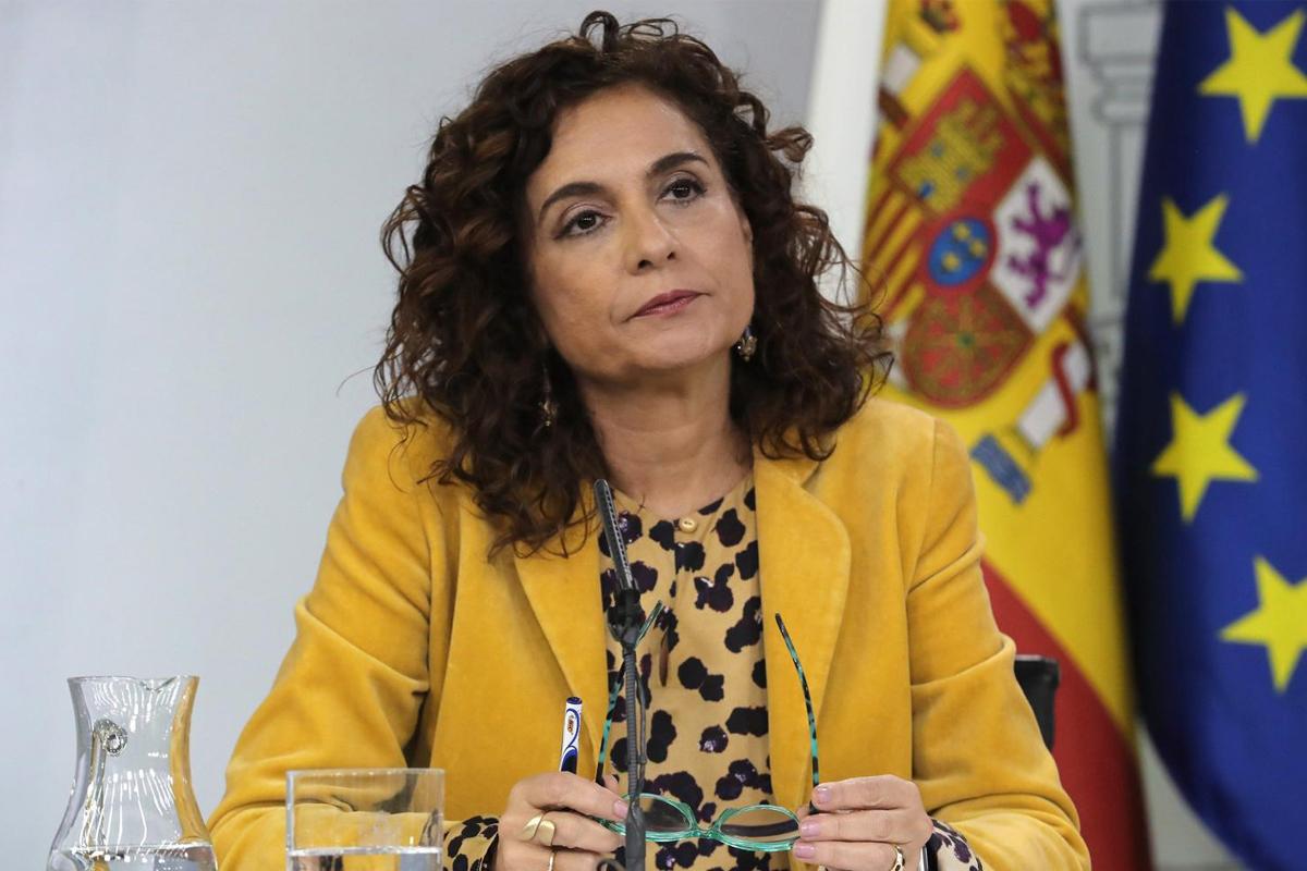 La situación presupuestaria de España es uno de los mayores retos que debemos afrontar. En la imagen, la ministra de Hacienda, María Jesús Montero.