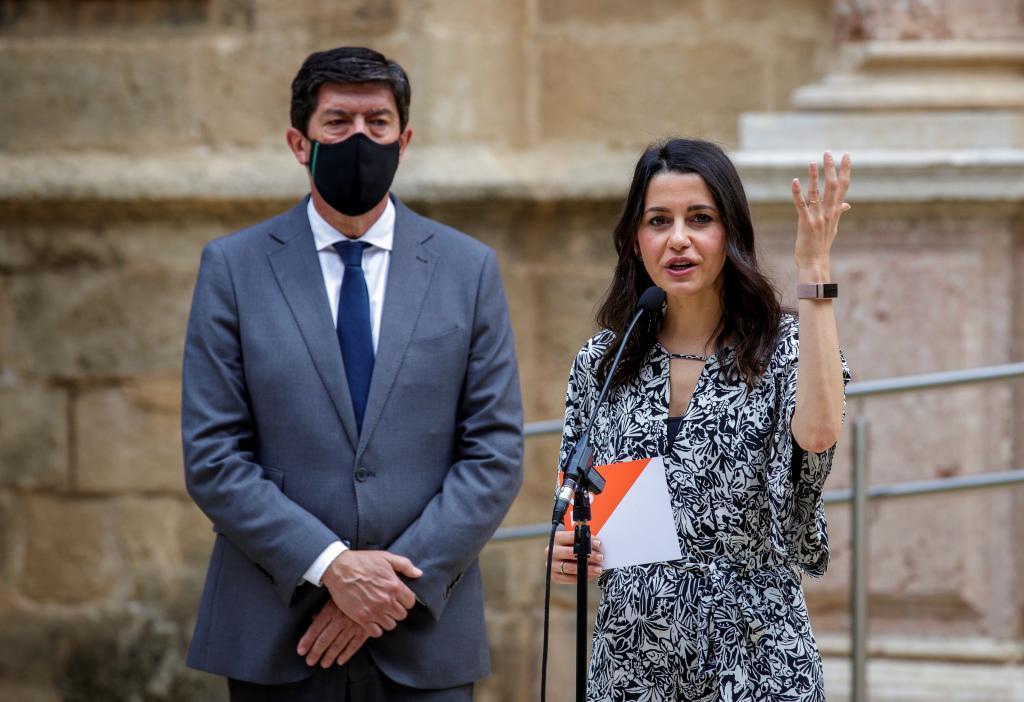 Juan Marín e Inés Arrimadas, este lunes, en Sevilla.