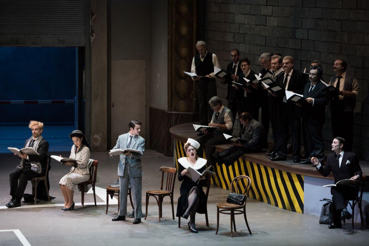 Imagen del primer acto de 'Viva la Mamma' en el Teatro Real. Autor: Stofleth.