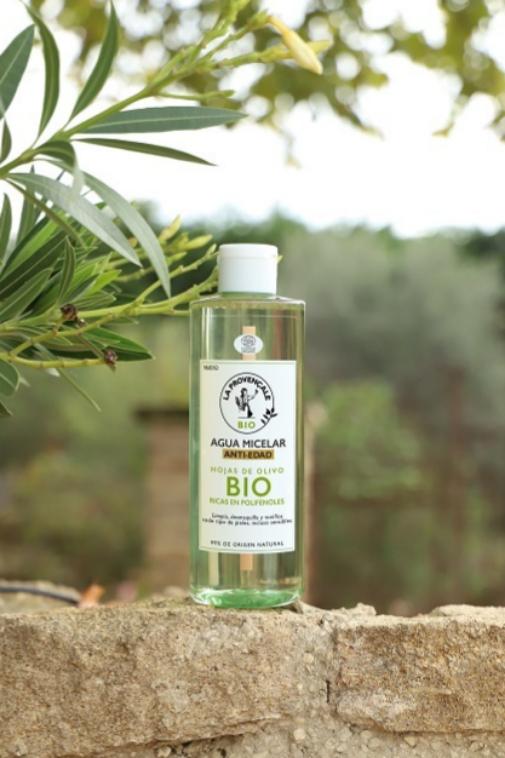 Limpiadores faciales: agua micelar, gel, aceite... A cada edad (y piel), su textura: La Provençale Bio.