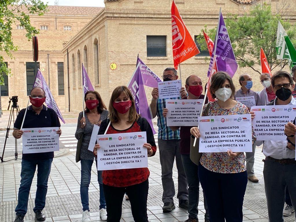 Concentración sindical contra la Empresa Pública de Sanidad.