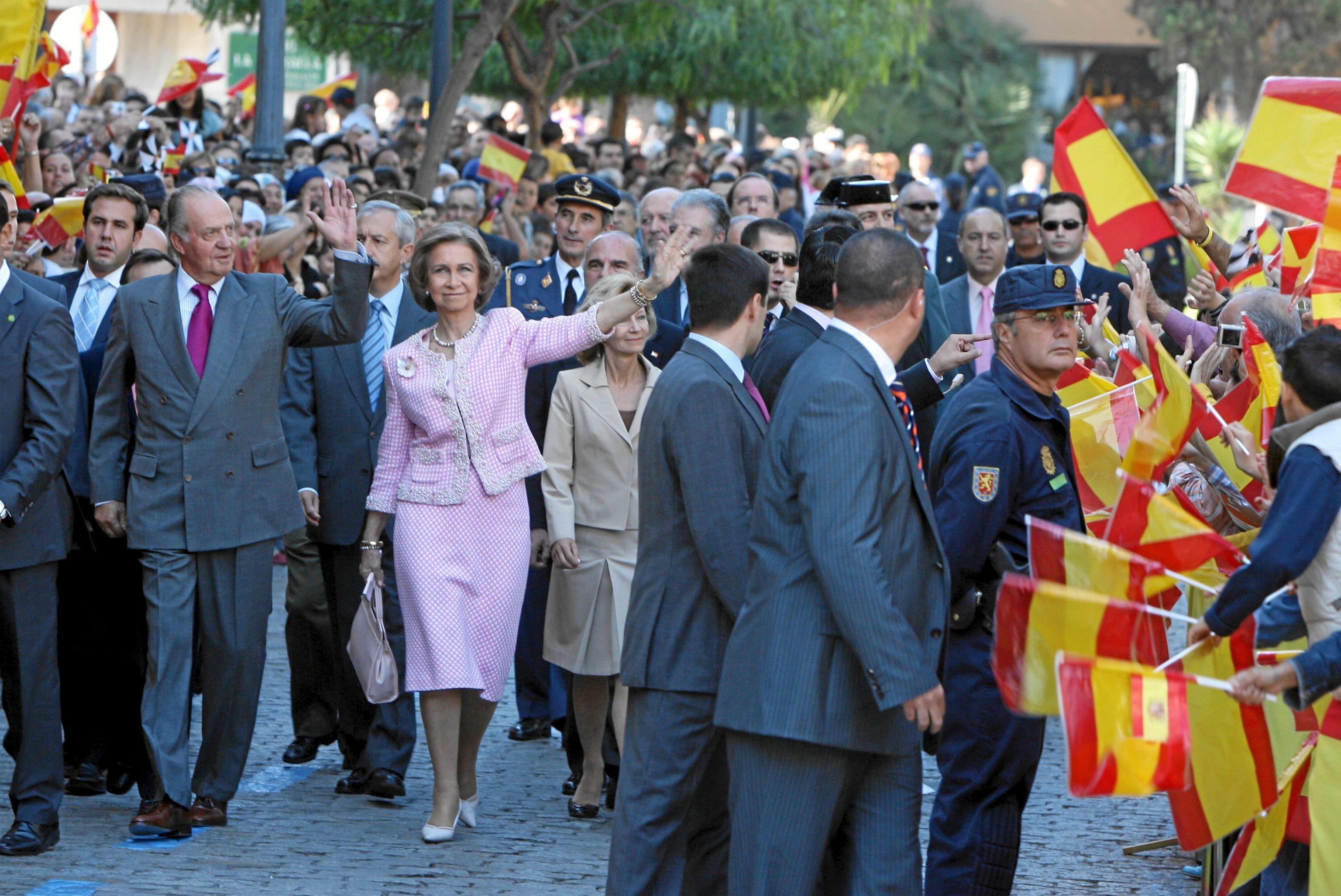 LosReyes Juan Carlos y Sofía, en Ceuta, durante su visita de 2007.