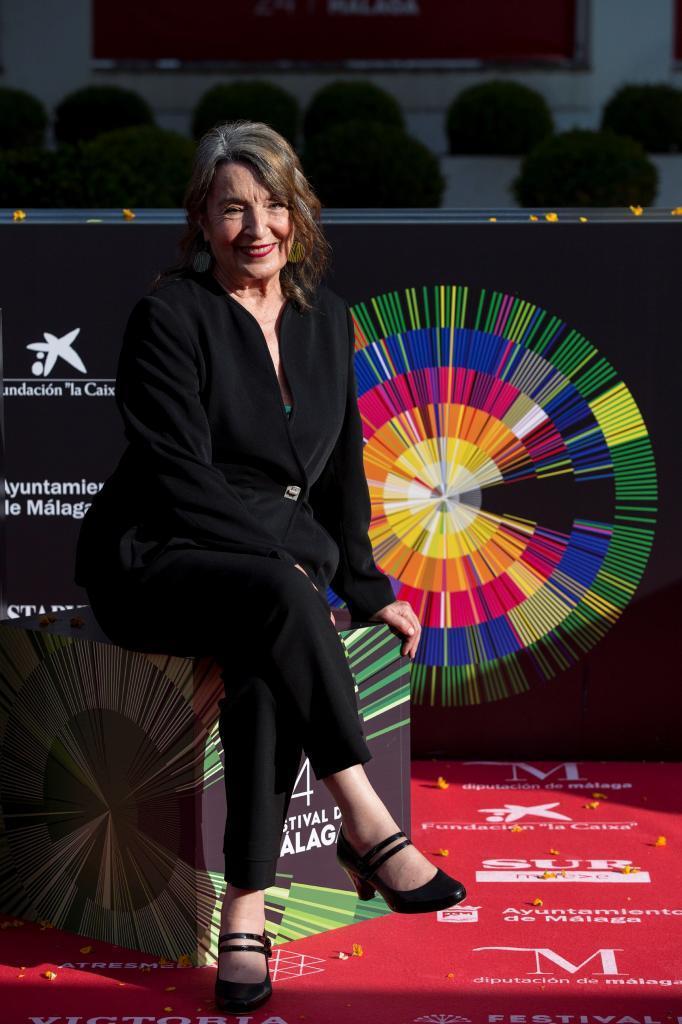 Petra Martínez posa antes de recibir el Premio a su carrera en Málaga.