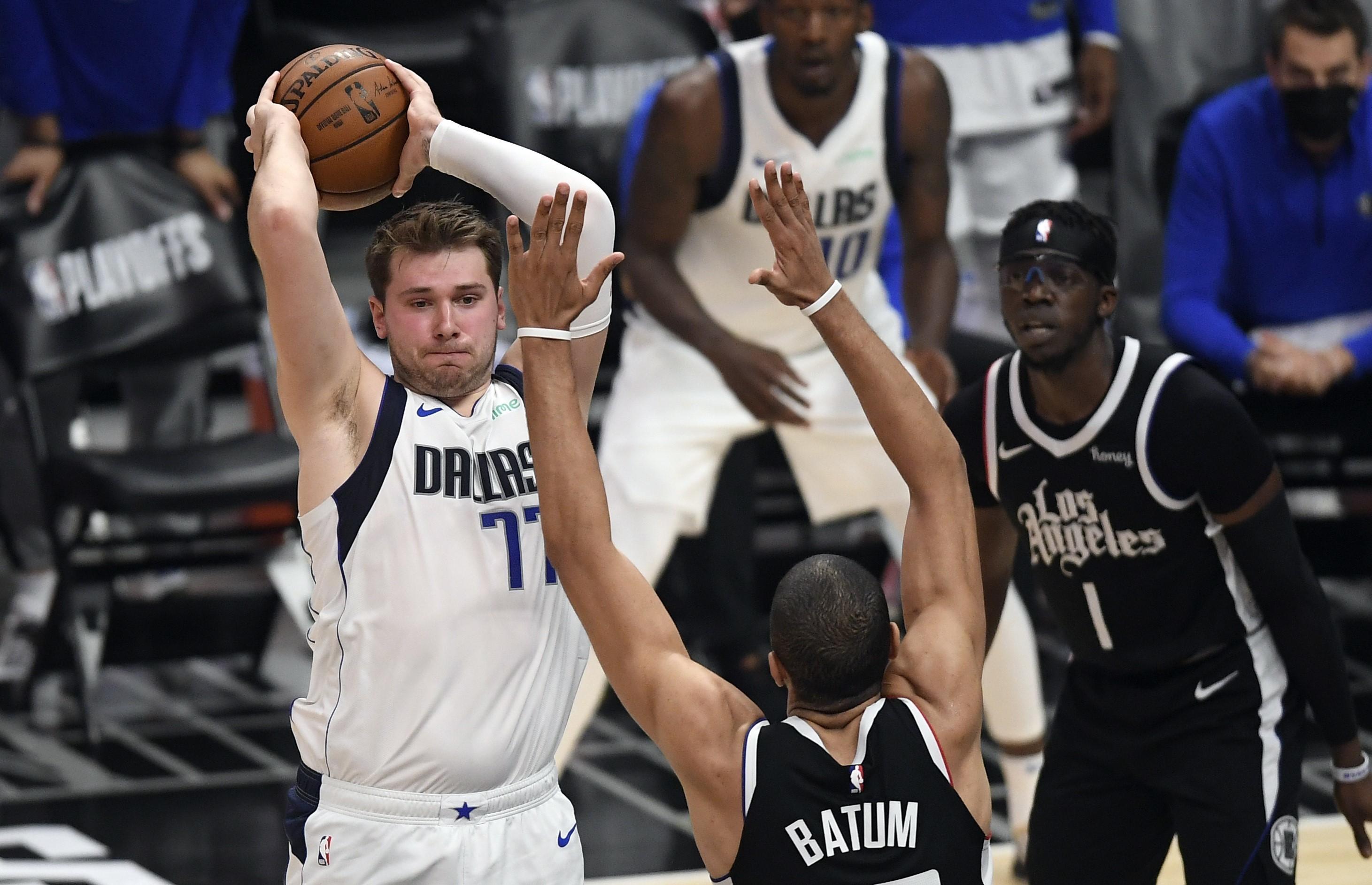 Doncic, durante el partido en el Staples contra los Clippers.