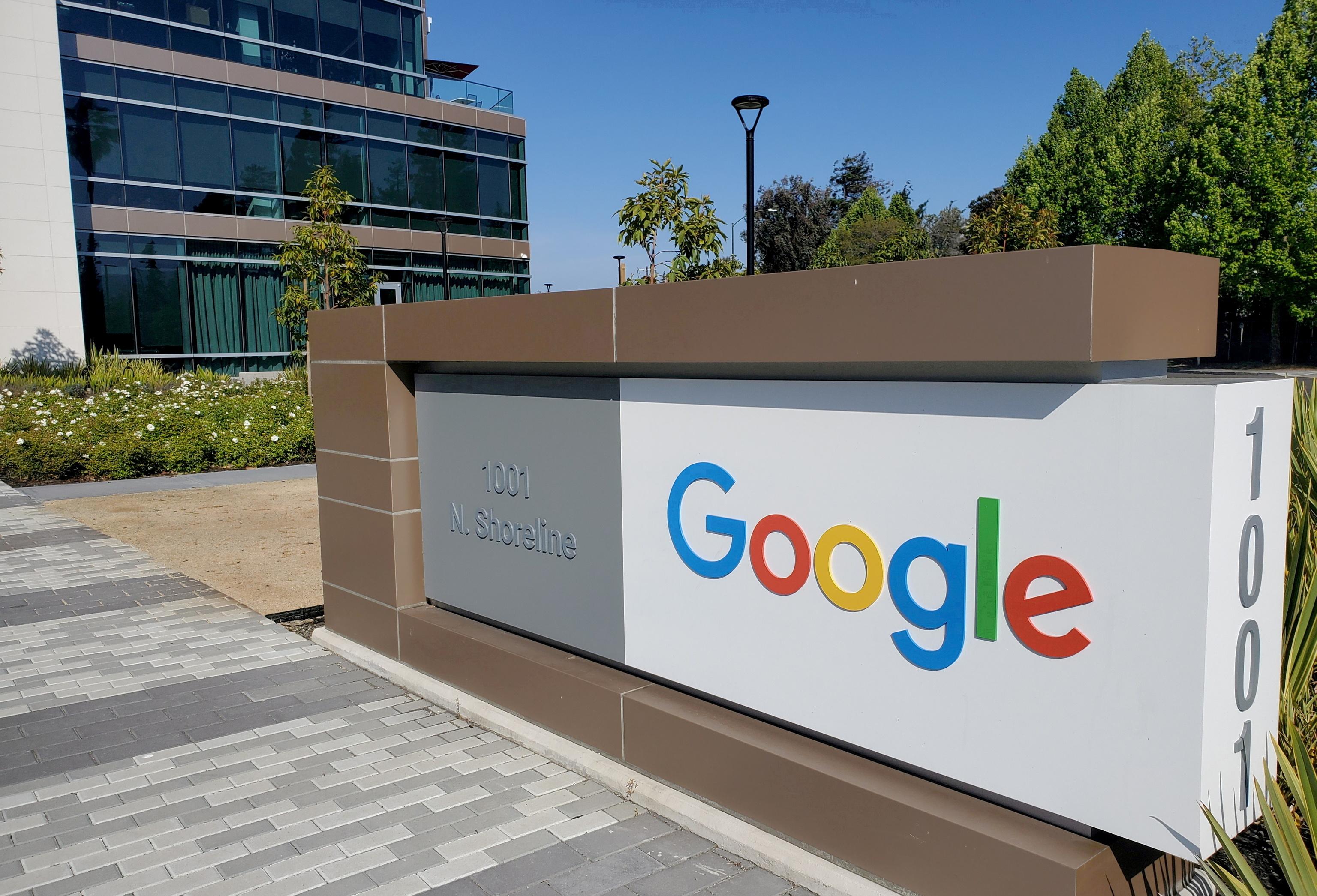 Multa de 220 millones de euros a Google por abuso de posición en la publicidad online en Francia