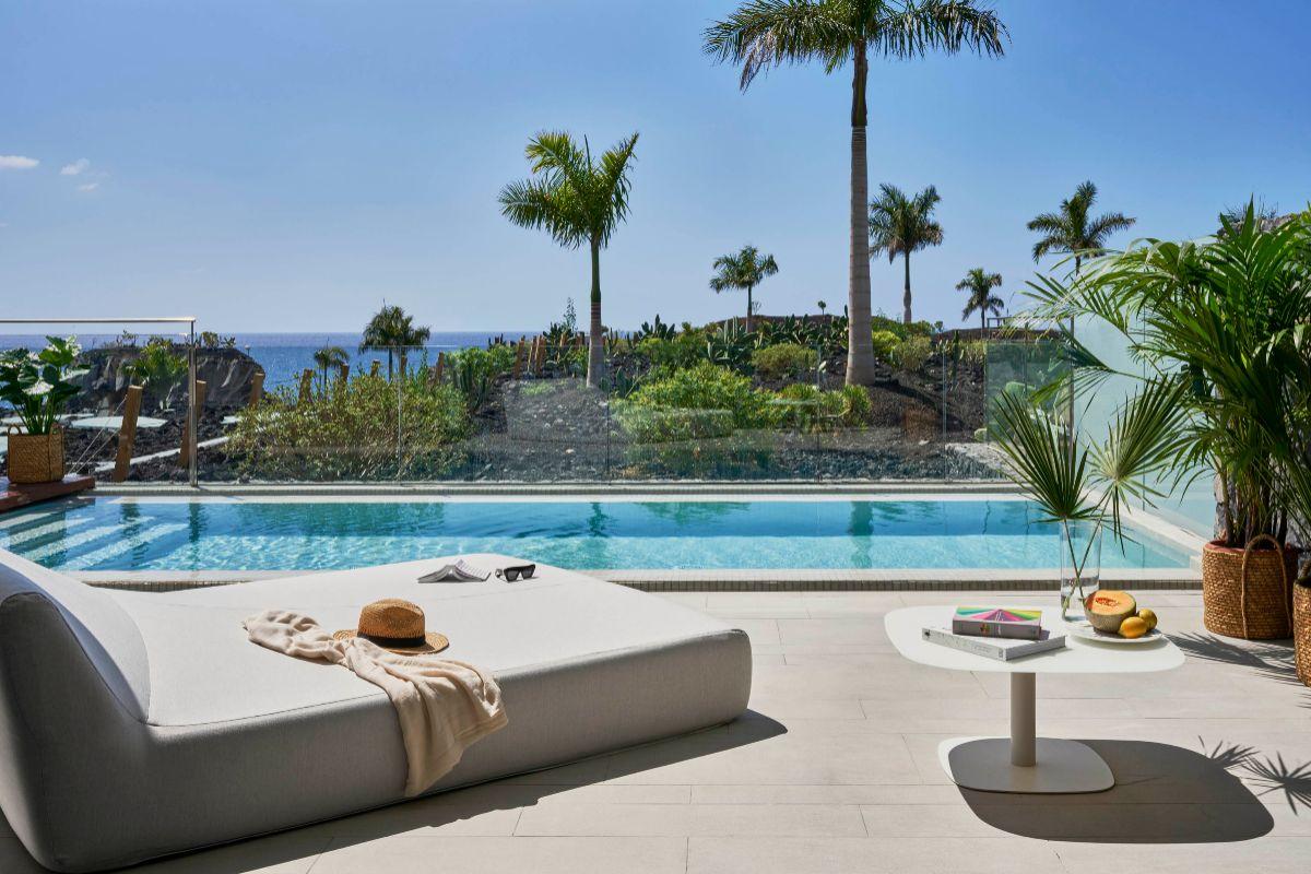 Villa privada con piscina en Corales Beach.
