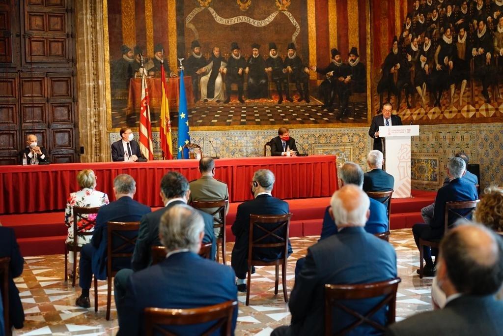 Santiago Grisolía, Ximo Puig, Javier Quesada y Vicente Boluda, en la proclamación de los Premios Rei Jaume I.