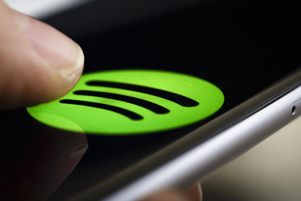 App de Spotify en un móvil.