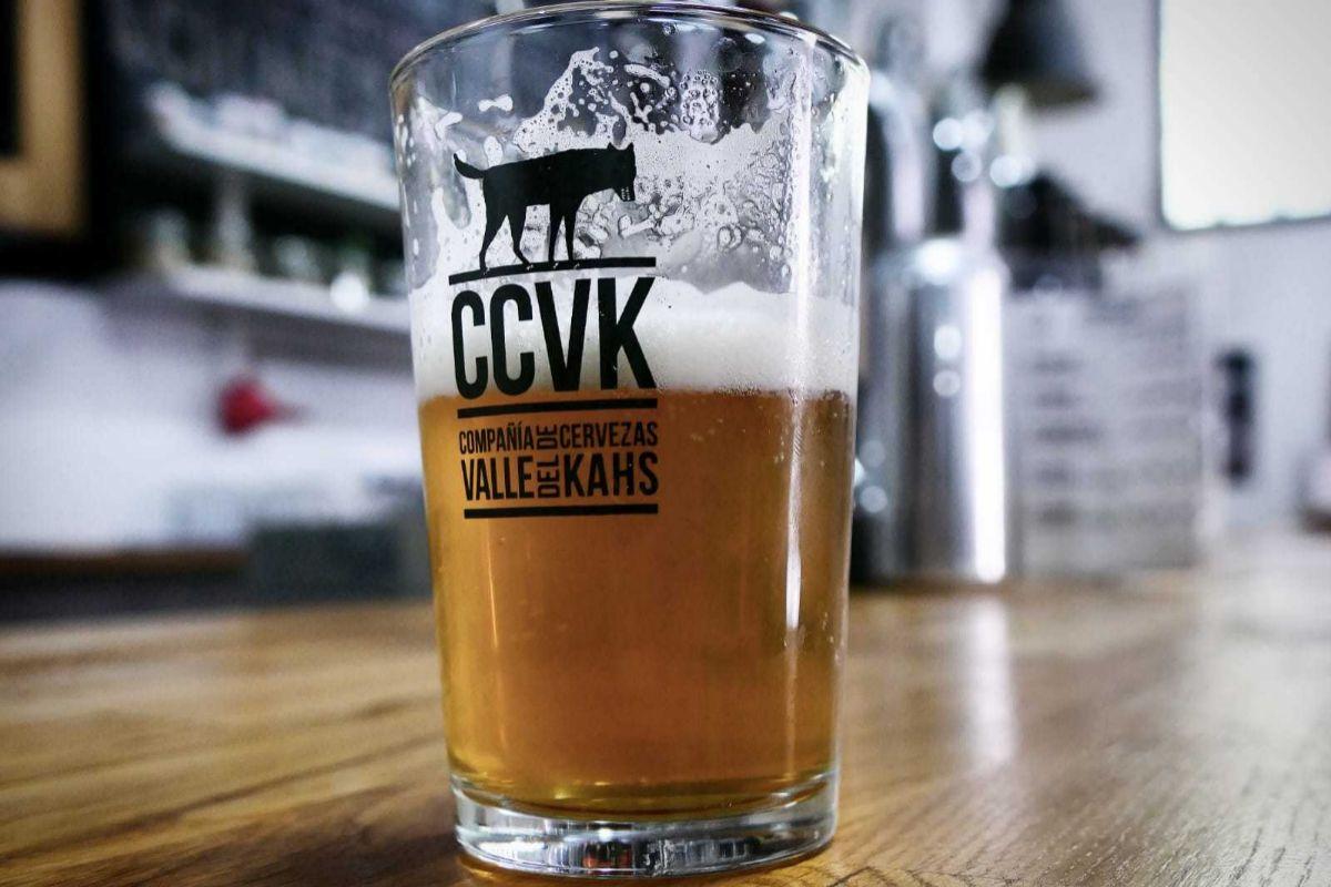 La CCVK es una cerveza que se elabora en el barrio de Vallecas.
