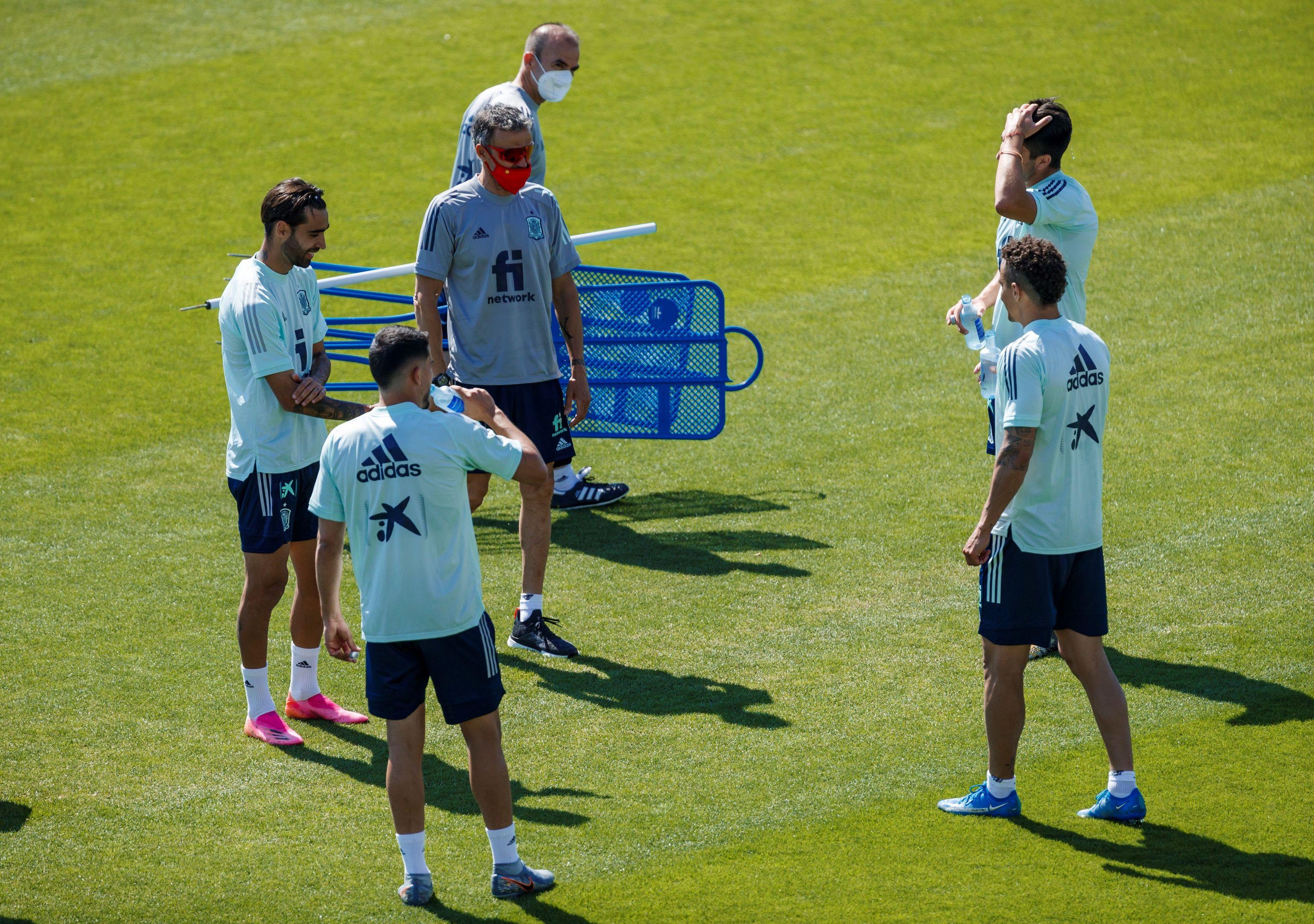 Luis Enrique y varios jugadores, esta semana.