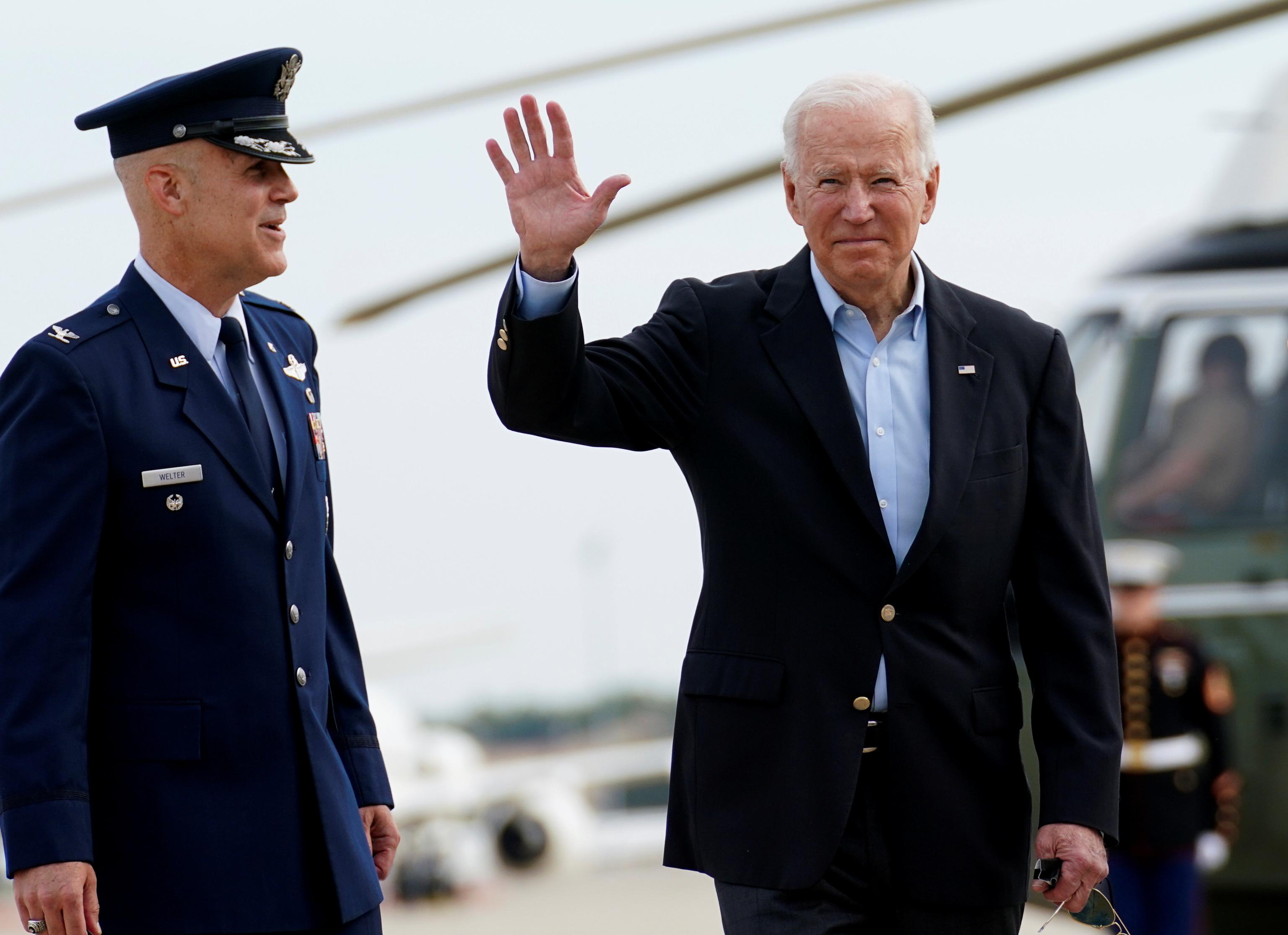 رئیس جمهور ایالات متحده در مریلند ، کمی قبل از عزیمت به انگلستان.