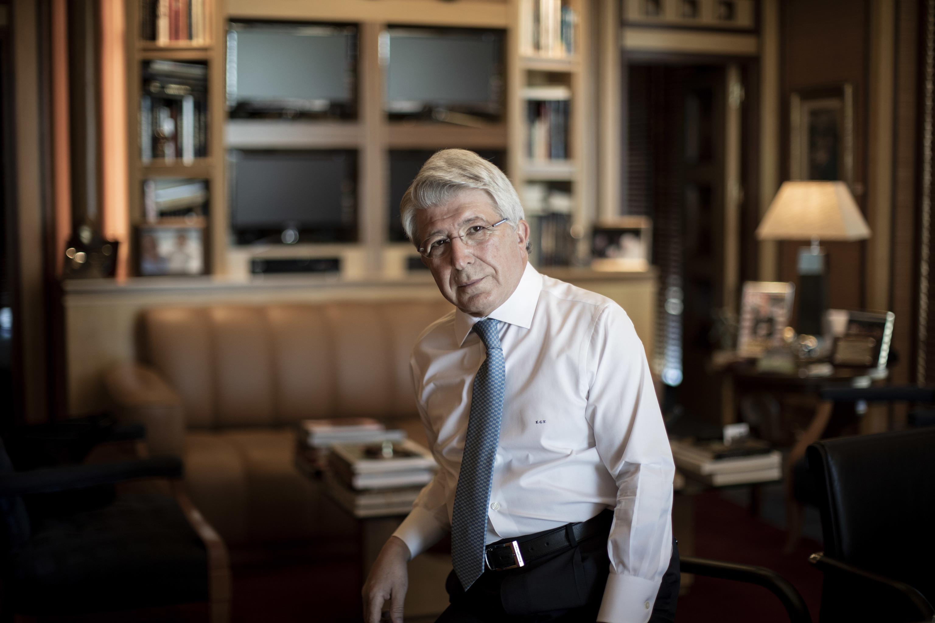 Enrique Cerezo, en su despacho.