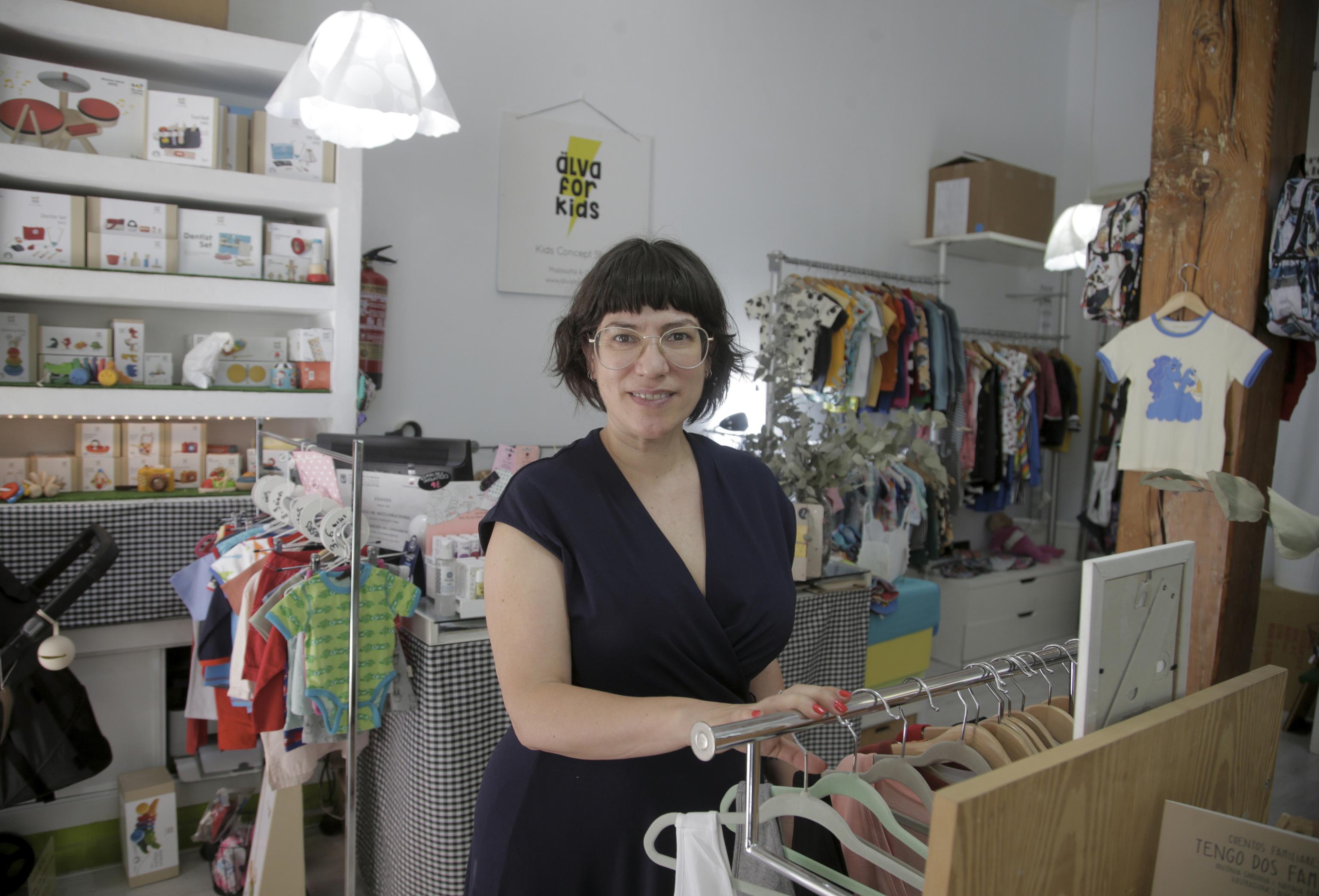 Eva, dueña de la tienda Älva for kids, tambien recibió una llamada de Laura en la que le pedía dinero.