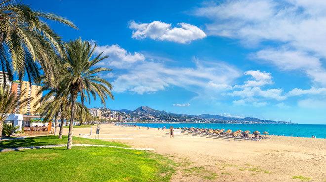 Vista de la playa de la Malagueta.