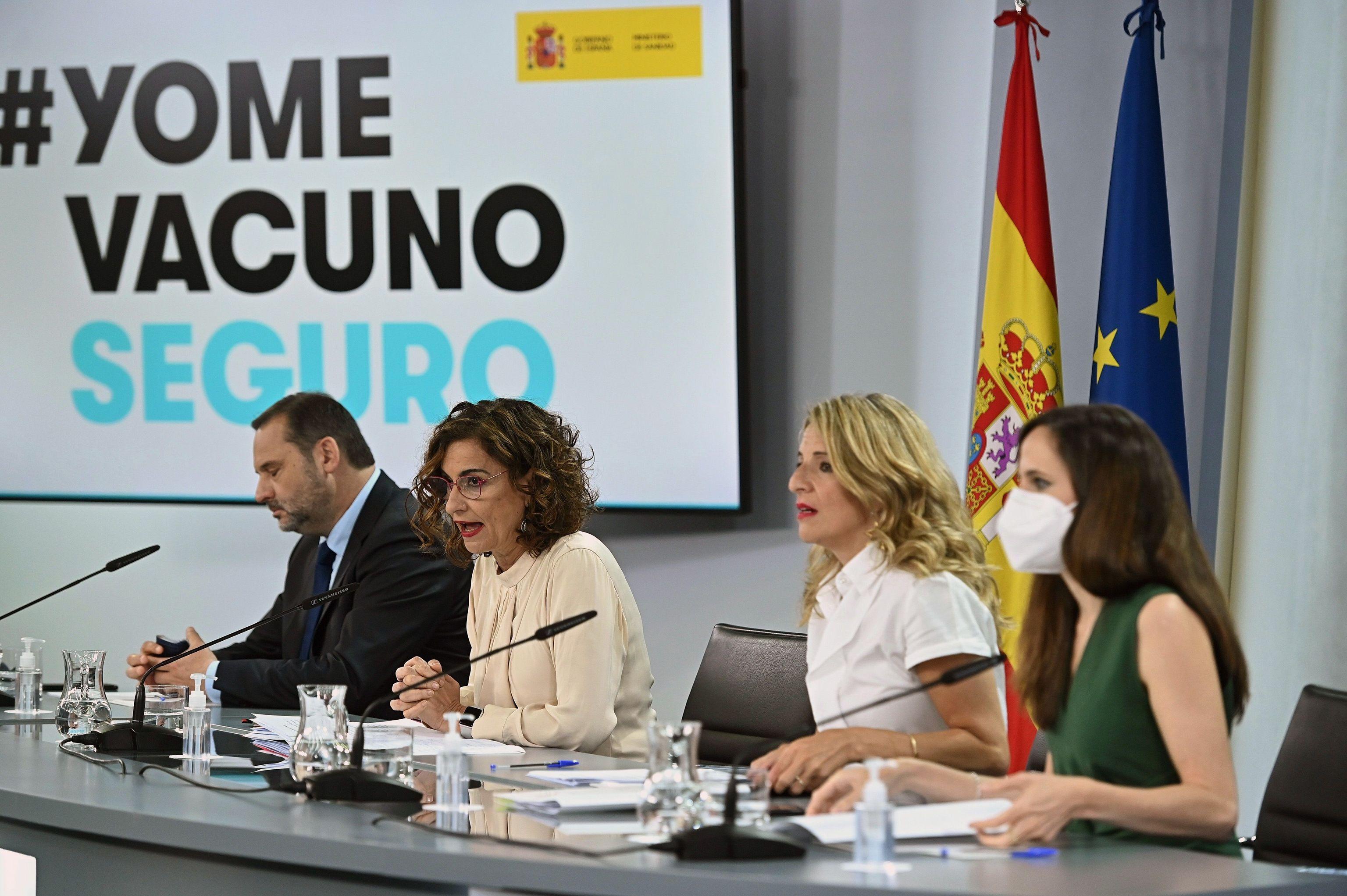 Los ministros Ábalos, Montero, Díaz, y Belarra.