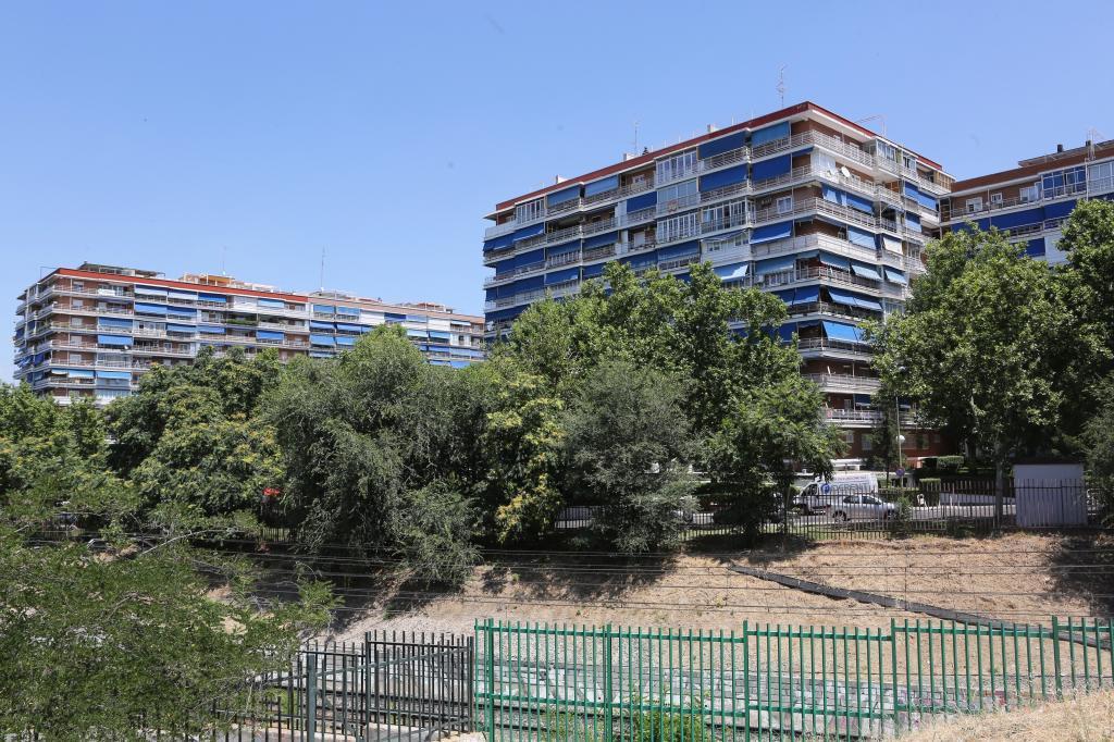 Block of flats in M