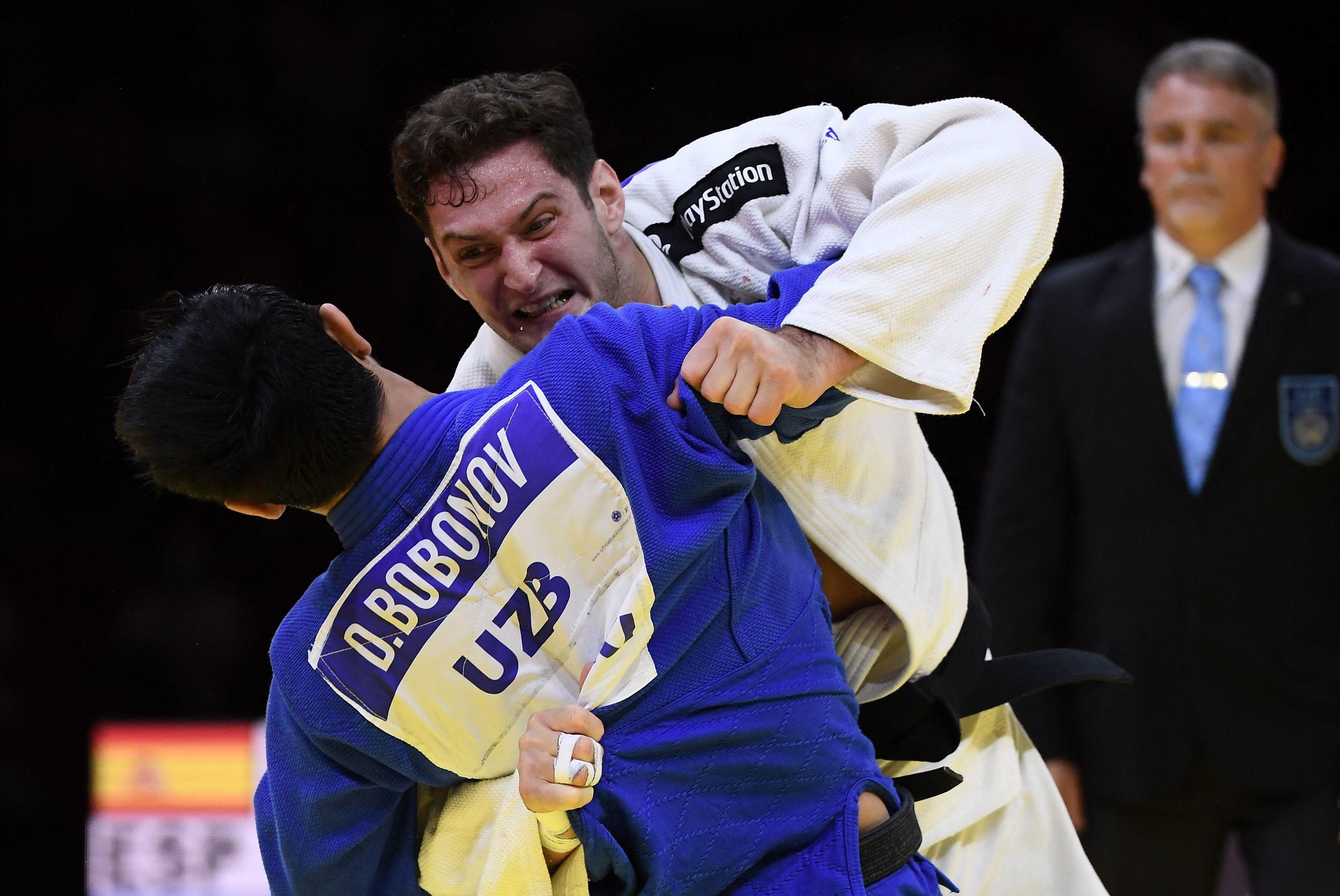 Nikoloz Sherazadishvili, en la final contra Bobonov, en Budapest.