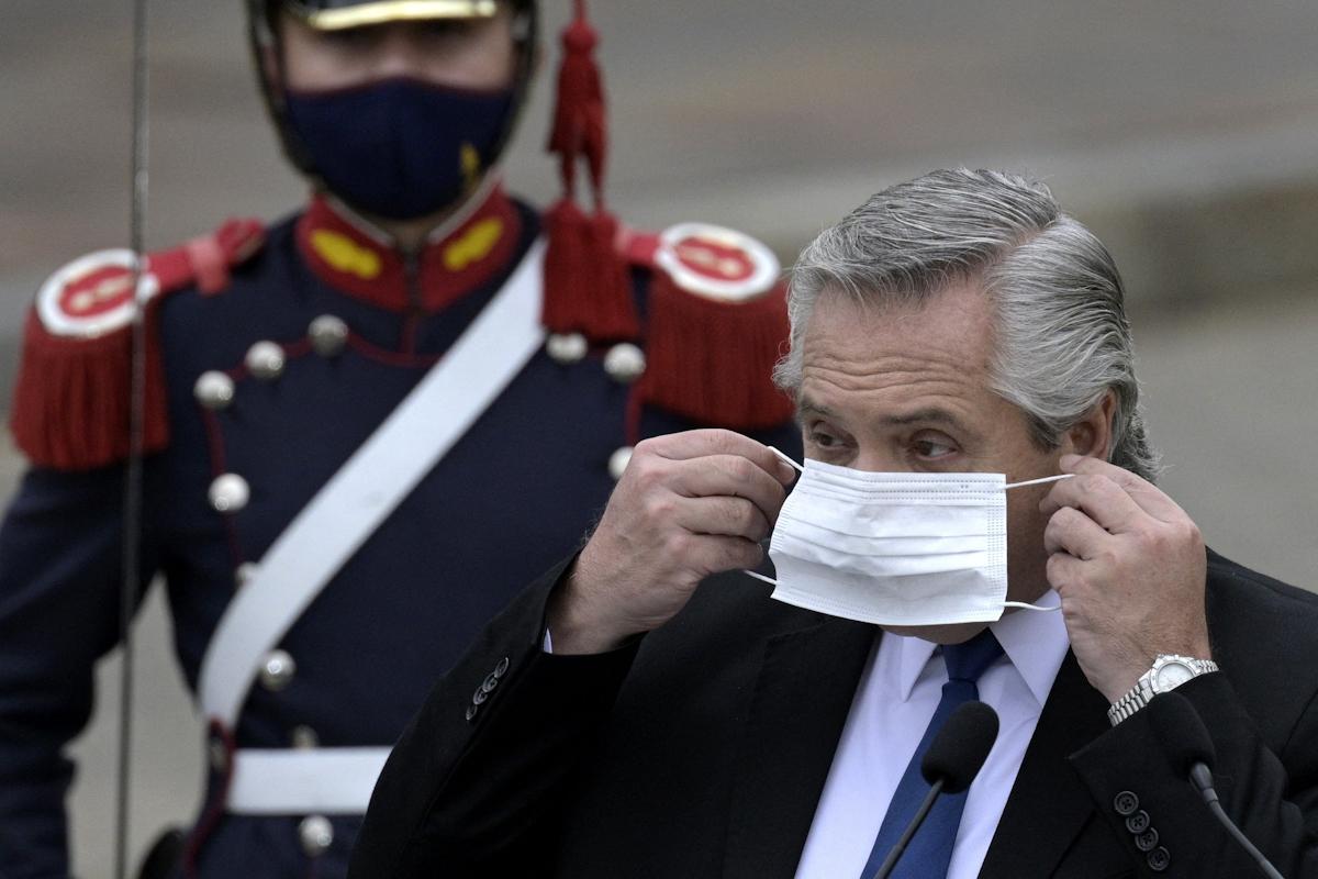 Presidente argentino Alberto Fern