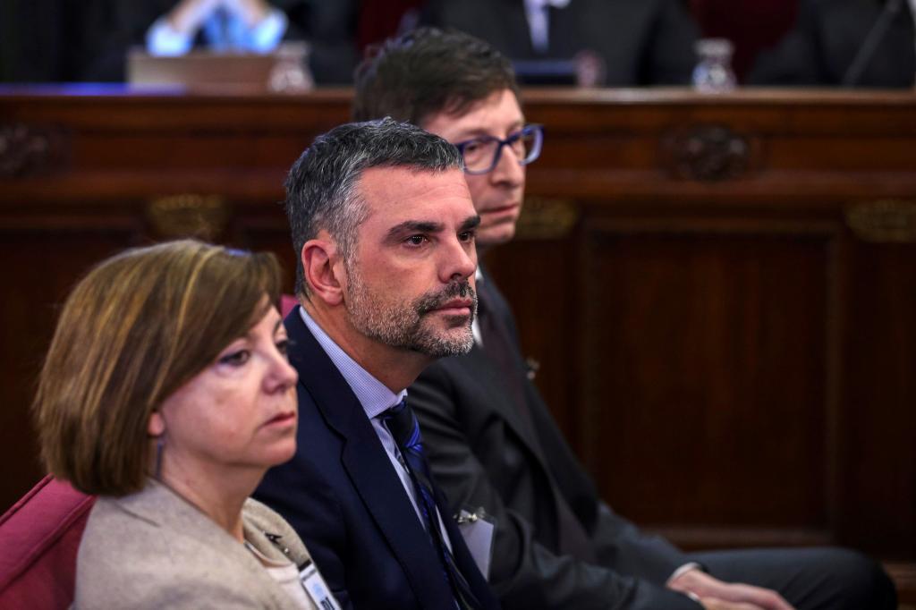 Meritxell Borràs, Santi Vila y Carles Mundó, durante el juicio del procés en el Supremo.