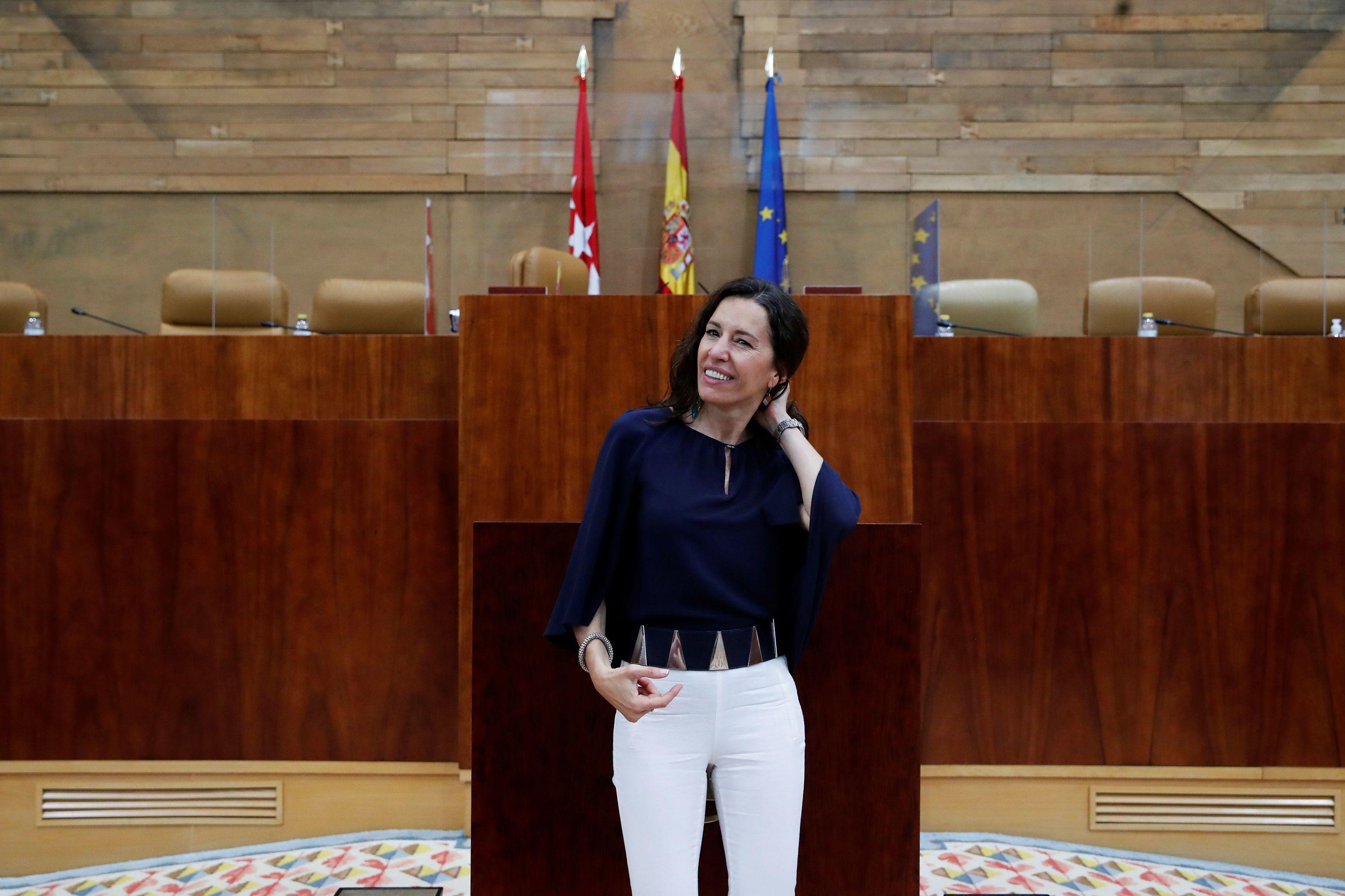 María Eugenia Carballedo en su primer día como presidenta de la Asamblea de Madrid