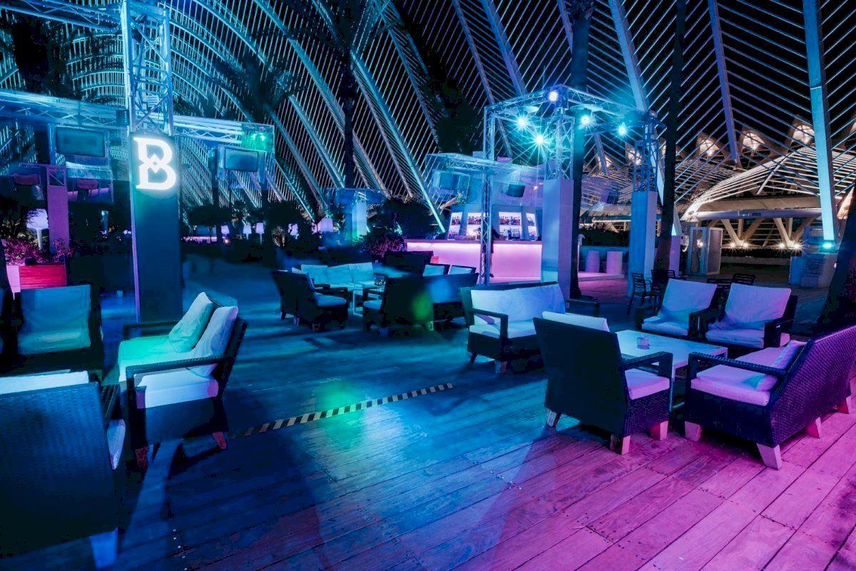Terraza de una discoteca en Valencia.