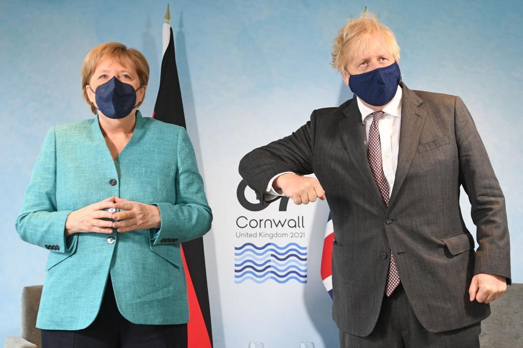 Angela Merkel y Boris Johnson en la cumbre del G-7