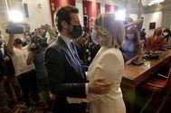 Pablo Casado felicita a la nueva alcaldesa de Cartagena, Noelia Arroyo.