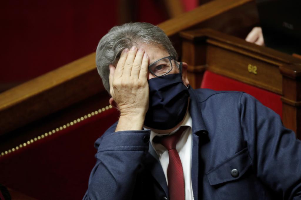 El líder izquierdista Jean-Luc Melenchon en el Congreso.