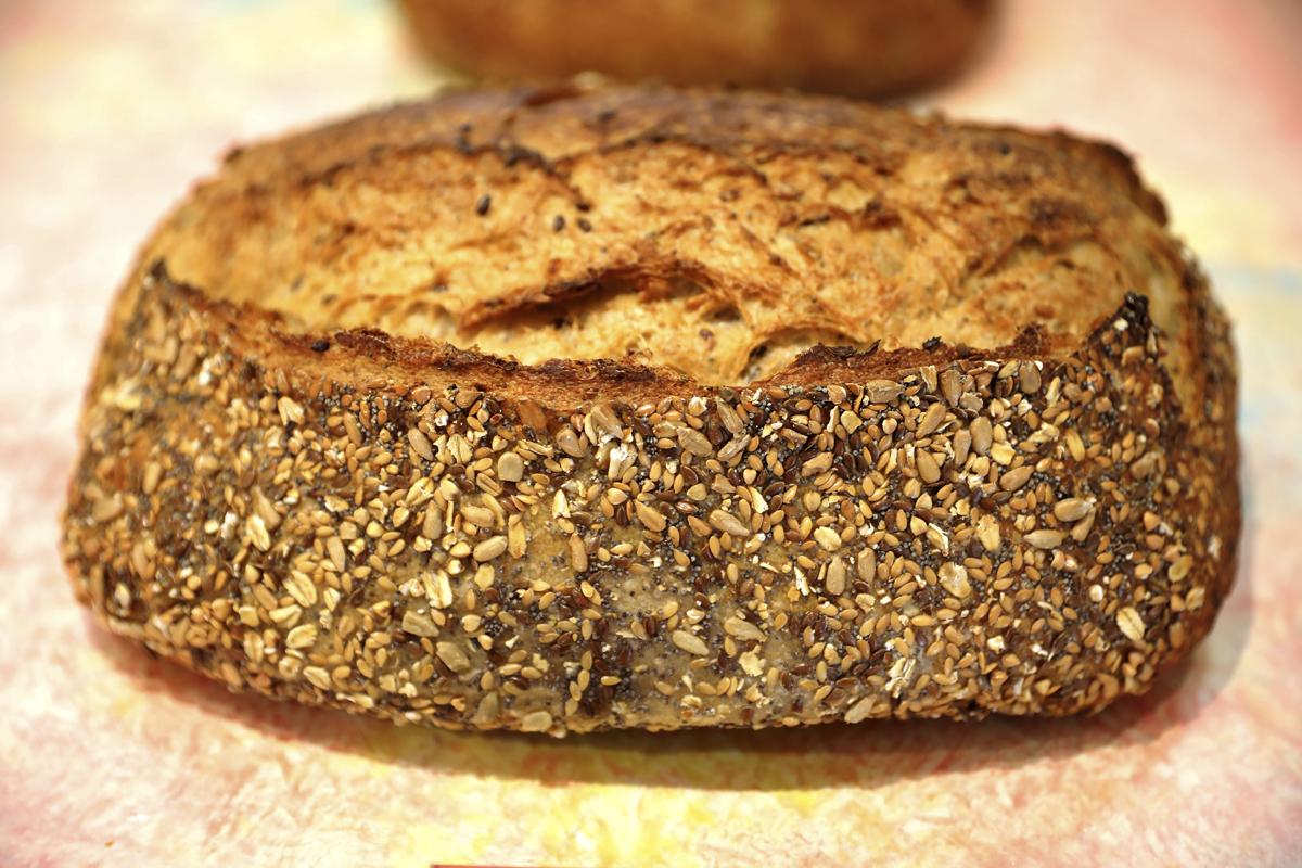 Pan de semillas, uno de los más vendidos (5,75 euros).