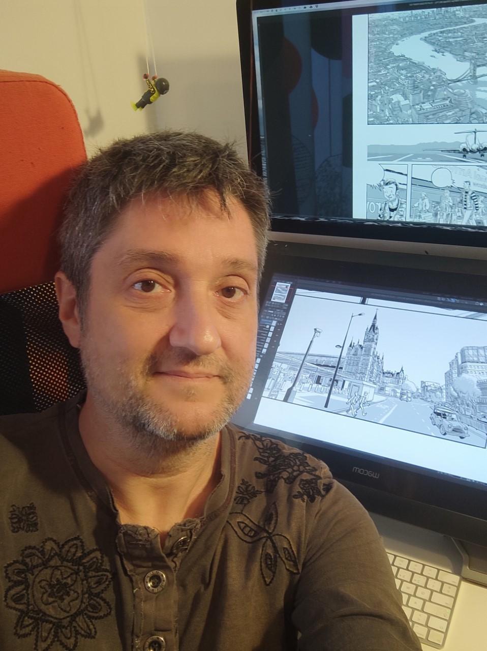 El dibujante Siscu Bellido