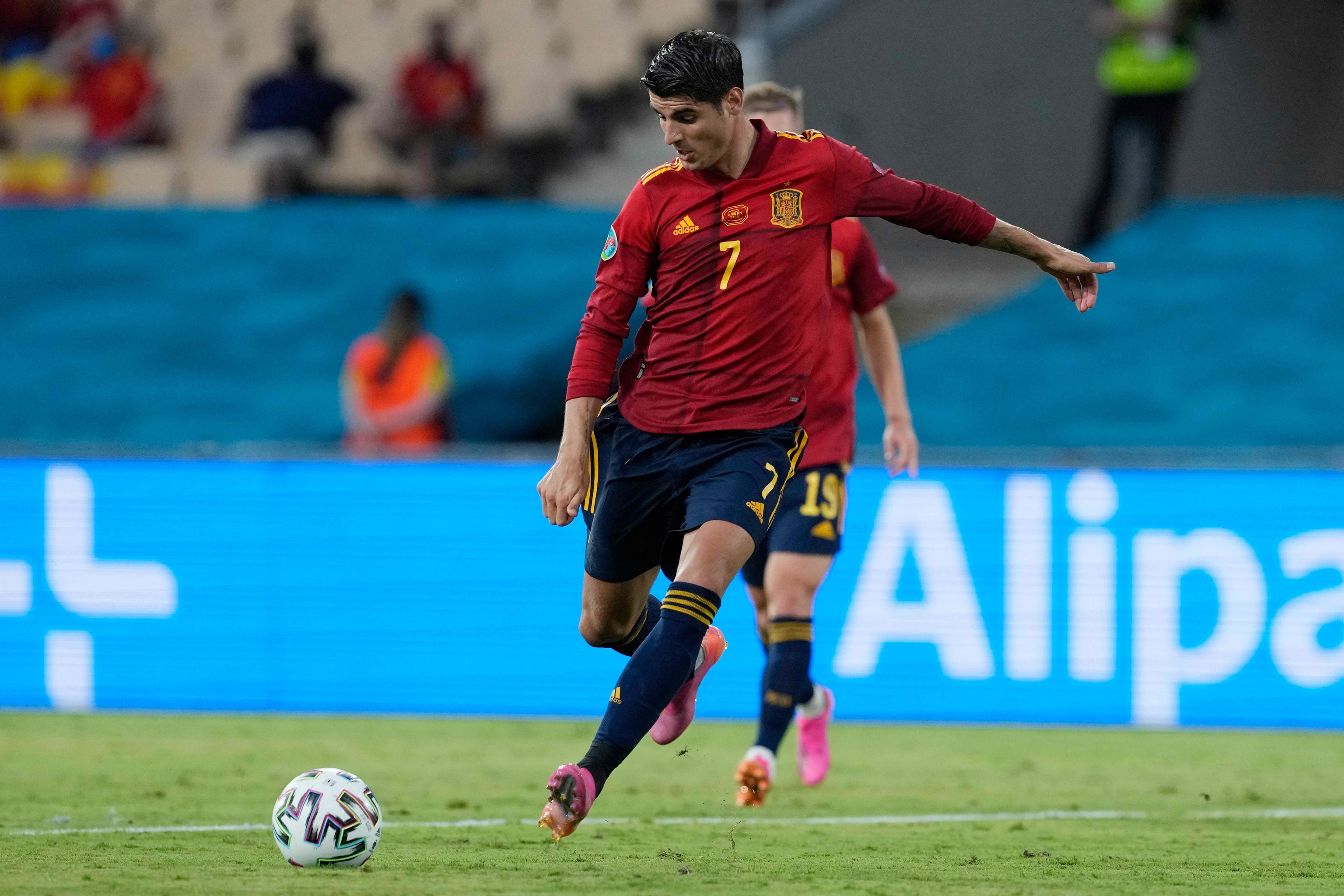 Morata, en la ocasión más clara de España ante Suecia.