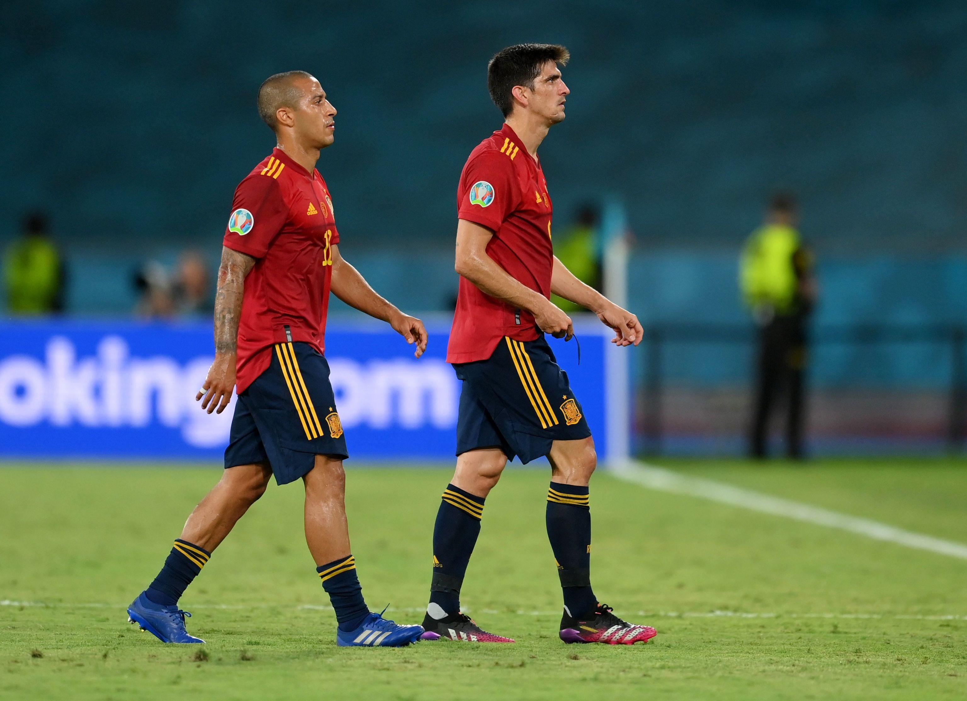 Thiago y Gerard Moreno, al final del partido.