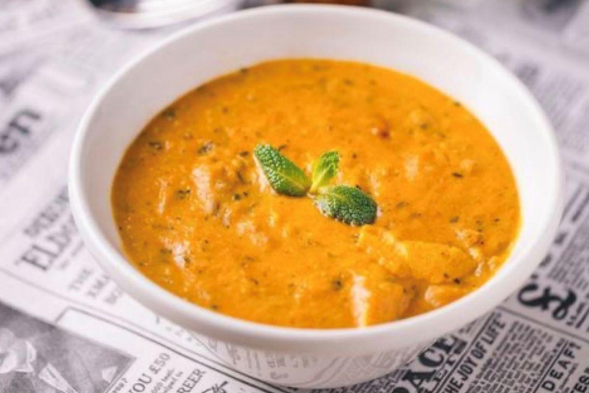 Curry, en Surya.