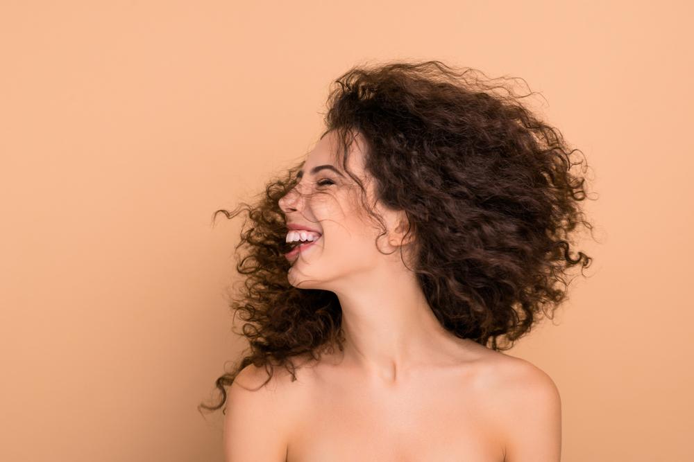 Lola Cosmetics  es una firma brasileña especializada en el cuidado del cabello.