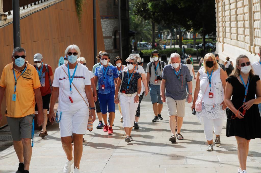 Turistas alemanes en un 'grupo burbuja' en Málaga